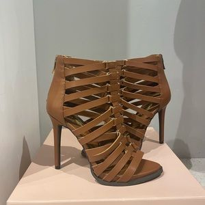 BCBGeneration   BG-Elvin Caged Stiletto Heels
